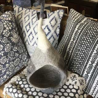soft-furnishings-pillows